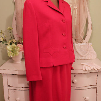 1960s Red Crepe Suit, Vintage Office Wear, Jackie O Style, 50s 60s Retro Skirt Set, Buttoned Jacket, Hollywood Regency, Womens Size Large