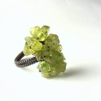 Olivine peridot copper ring green copper ring rustic by VeraNasfa