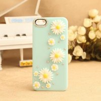 DAISY RHINESTONE HARD COVER CASE FOR IPHONE by adalia on Zibbet