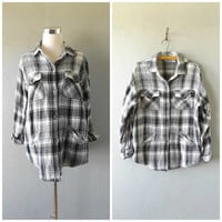 black white grunge plaid jacket | vintage 90s button down cotton shirt womens size m/medium hipster normcore blouse top 1990s dresses hippy
