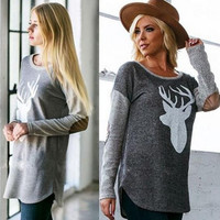 Gray Deer Print Sweater B0014061