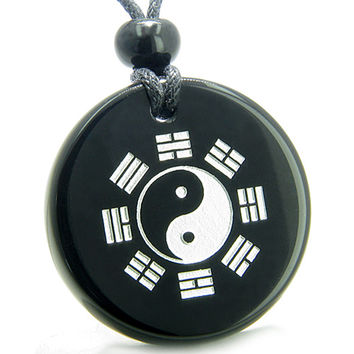 Amulet Yin Yang BA GUA Eight Trigrams Magic and Black Agate Pendant Necklace