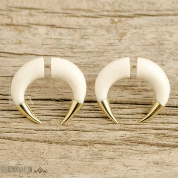 Fake Gauges Earrings Double Talon Bone Earrings with Golden Tip Gothic Tribal Style Buffalo White Bone Organic - FG077 BM G1