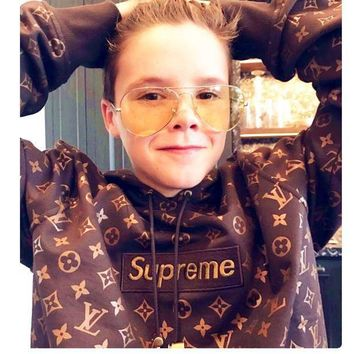 LMFNO Supreme Fashion Embroidered tea green hooded sweater
