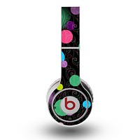 The Neon Colorful Stringy Orbs Skin for the Original Beats by Dre Wireless Headphones
