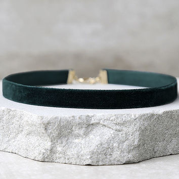 Love Me Forever Dark Green Velvet Choker Necklace