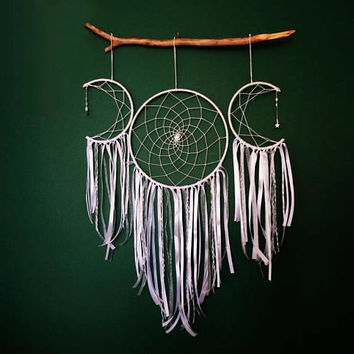 Bohemian Decor, Boho Wall Art, Boho Wall Hanging, Crescent Moon Dreamcatcher, White Dreamcatcher, White Dream Catcher, Nursery Mobile, Moon