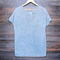 oversize tee - vintage blue acid wash