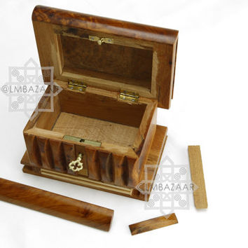 Thuya Mystery Box/Secret Puzzle Box Wood Thuya