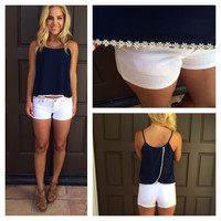 Split up in Daisies Tank - NAVY