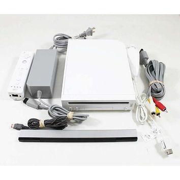 Original Nintendo Wii System Bundle - Refurbished