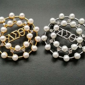 DST pearl brooches pins