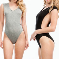 Chain Deep V Zippers Sexy One Piece = 5895604097