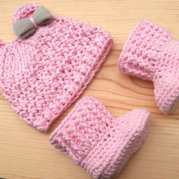 Hat and Booties, Baby Girl Booties, Crochet Baby Bear Hat, Baby Booties