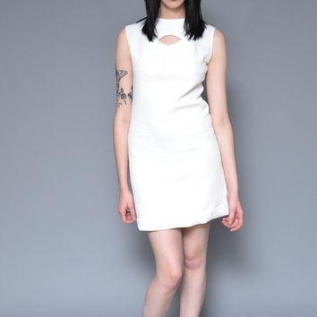 60s Mod Mini Dress White Shift Dress S Keyhole Cut Out Minimal Geometric Textured Sleeveless Spring Dress