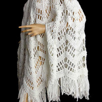 Boho 70s Sweater Knit Cape Lacy White Hippie Poncho Fringed Cape Button Front