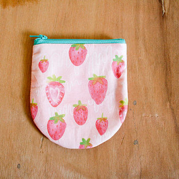 Coin Purse / Strawberry Milk Drips
