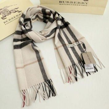 One-nice™ *BURBERRY 100% CASHMERE AUTHENTIC SCARF BEIGE WITH TAG**