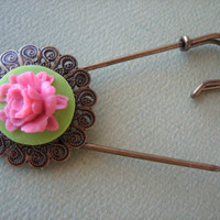 Antique Brass - Flower Brooch Pin - Honeysuckle Pink on Green Rose Flower Cabochon - Jewelry by ZARDENIA - Free Standard US Shipping