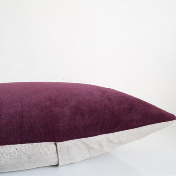 Velvet decorative pillow in deep eggplant velvet and natural linen, burgundy velvet cushion cover, eco friendly home decor