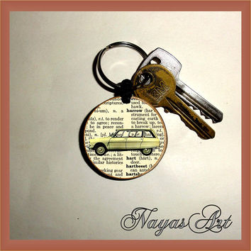 Citroen Keychain personalized. Accessories  Ami 8 car keyring. White Wood Handmade Keyring Keychain. Unique keychain Wooden natural gift.