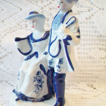 Vintage Blue White Colonial Couple Figurine Victorian Courting Home Decor