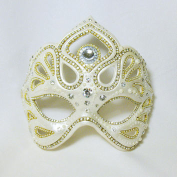 Crystal White and Pearl Masquerade Mask - Filigree Wedding Mask - Lorelei