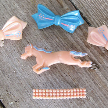 5 vintage hair barrettes 1950s horse and bows by KatyBitsandPieces