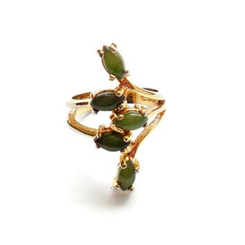 Vintage Jade Spray Ring - Size 5 - 18k HGE - Gold Plated - Green Stone - Dainty Feminine - Cocktail Ring