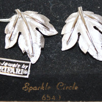 Vintage Trifari Leaf Earrings SALE by patwatty on Etsy