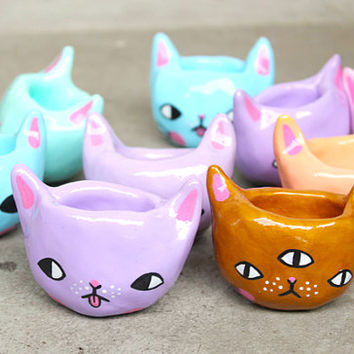 PRE-ORDER *** 3 Tiny Kitty Planters