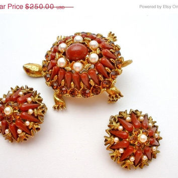 32% Off Har Turtle Set Brooch Earrings Rhinestone Red Orange Vintage