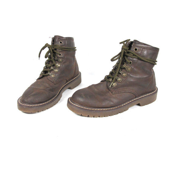 Best Lacing Hiking Boots Products on Wanelo