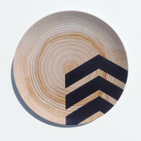 "Modern Wood Simple Chevron 10"" Melamine Plate, Black"