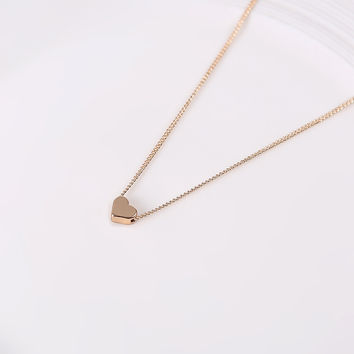 Simple and lovely heart gold plated necklace