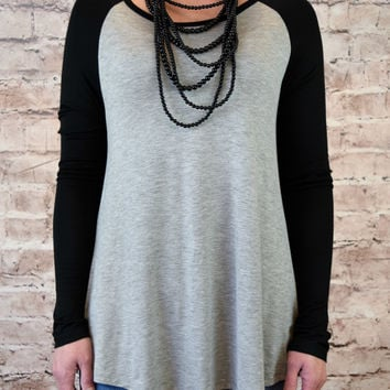 Jersey Raglan Sleeve Top - Black/Heather Gray