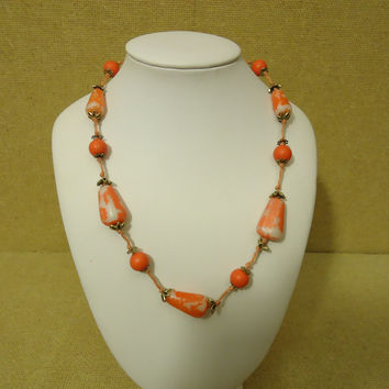 Designer Fashion Necklace 16-18in L Beaded/Strand Female Adult Red/Orange -- Preowned