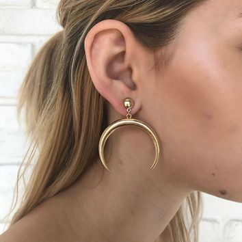 Crescent Horn Earrings in Gold