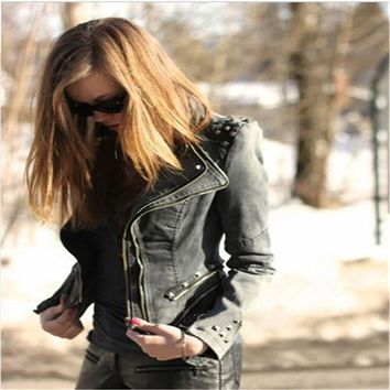 Spring Women Solid Denim Jeans Jacket Coat Punkl Spike Studded Shoulder Slim Coat Fashion Lapel Long sleeve G427