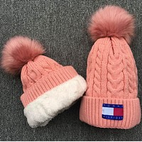 """ Tommy Hilfiger "" Knit And Pom Hat Cap"