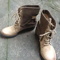 Mia Limited Edition / Women's 8M / burnished leather collared combat boot
