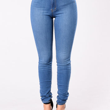 Game Changer Jeans - Medium Wash