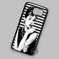 Audrey Hepburn Breakfast At Tiffany's - Samsung Galaxy S8 S7 S6 Note 8 Cases & Covers