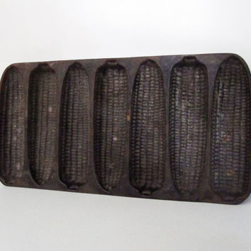 Cast Iron Corn Bread Pan, Vintage Wagner Ware by CarpeDiemTreasures
