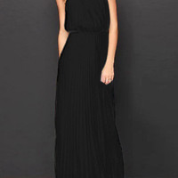 Black Halterneck Sleeveless Pleated Chiffon Maxi Dress