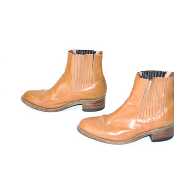 size 10 mens CHELSEA boots / 1970s southwestern caramel leather ankle booties