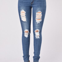 Going Rogue Jeans - Medium Blue