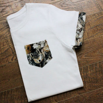 White Wolf T-Shirt Pocket & Sleeves