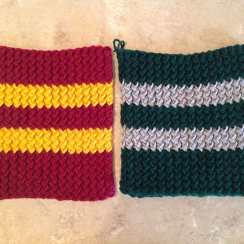 Harry Potter Gryffindor Slytherin Inspired Pot Holders Trivets