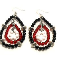 Red White and Black Earrings , Beaded Hoop Earrings , Dangle Earrings , Glass Bead Earrings , Fashion Jewelry ,Jewelry Gifts